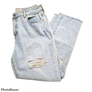 PacSun light wash distressed mom jeans w28